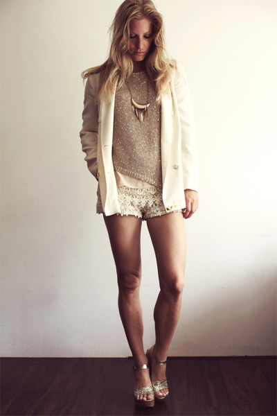 gold cafe moda heels - eggshell Zara blazer - ivory Zara shorts