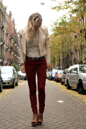 crimson red corduroy Zara pants - beige beige H&amp;M blazer