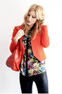 Black-snake-print-choies-leggings-carrot-orange-short-zara-blazer