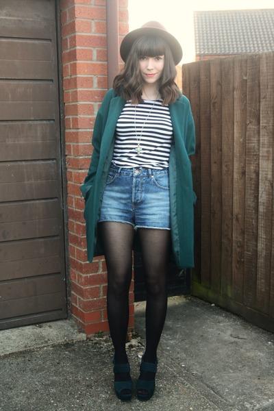 teal coat - teal heels