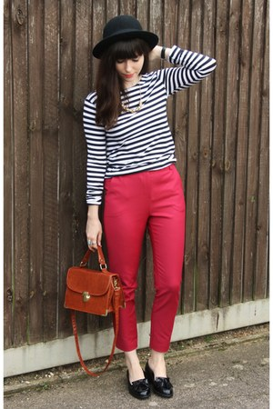 hot pink ankle grazer pants - striped top