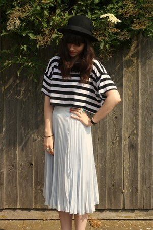striped crop top - periwinkle sheer pleated skirt