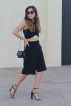 black culotte Forever 21 shorts - black woc Chanel bag - black cropped Zara top