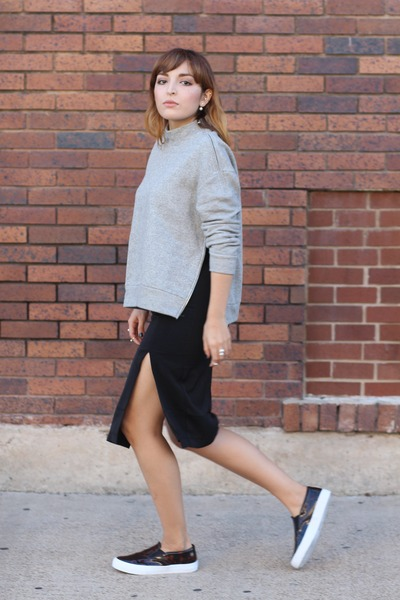 black slit asos skirt - heather gray zipper H&M sweatshirt