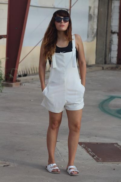 cac8c7147ff white overalls Zara romper - black sports nike bra