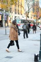 black Frame Denim jeans - brown Steve Madden heels