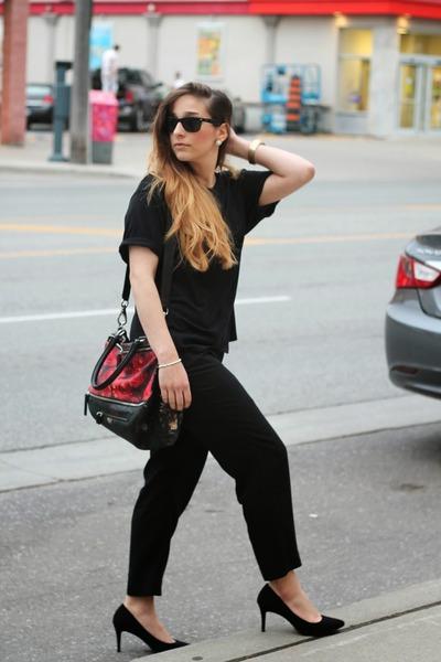 red Givenchy purse - black Zara t-shirt - black Gap pants - black Zara heels