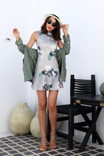 dark green floral The Closet Lover dress - off white straw saks hat