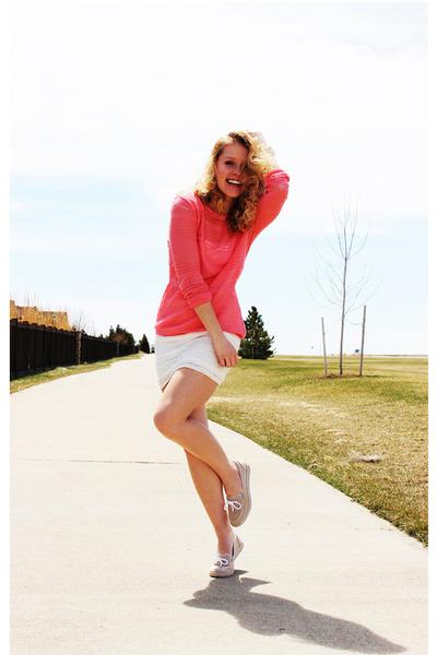 coral Forever 21 sweater - ivory Forever 21 skirt