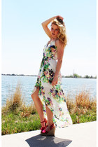 white floral Charlotte Russe dress - hot pink American Eagle wedges