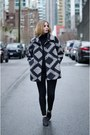 Heather-gray-chic-bootlegger-coat-black-simple-american-eagle-jeans