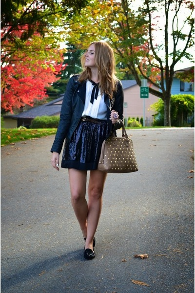 black leather jacket Vero Moda jacket - tan skull Betsey Johnson bag