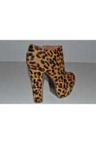 Zigi Girl Heels