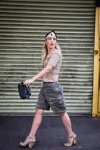 beige tsubo boots - black coach bag