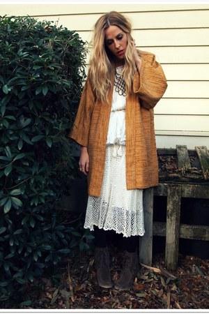 tawny vintage coat - cream vintage dress - cream vintage shirt