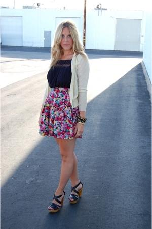 Crossroads Trading Co top - vintage skirt - vintage sweater - Steve Madden shoes