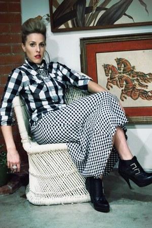 Jeffrey Campbell boots - thrifted skirt - Lauren Elan necklace