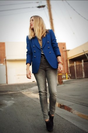 blue thrifted blazer - black Prada boots - heather gray crossroads jeans