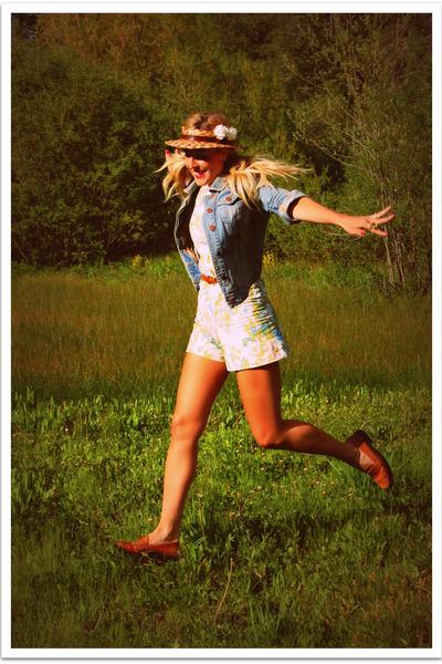 blue Quiksilver Women jacket - pink vintage shorts - brown Bass shoes