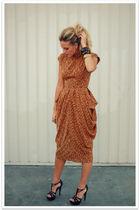 orange vintage dress - black Steve Madden shoes