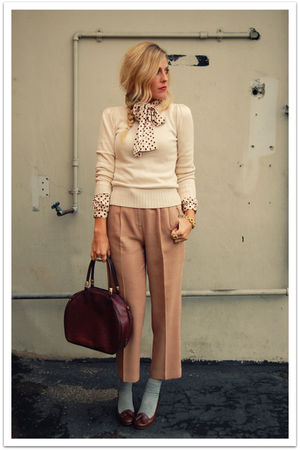 beige vintage sweater - beige vintage pants - brown Charles David shoes - brown