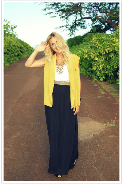 yellow vintage jacket - white American Apparel top - black vintage pants - gold