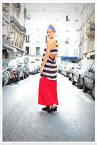black Quiksilver Women dress - red vintage skirt