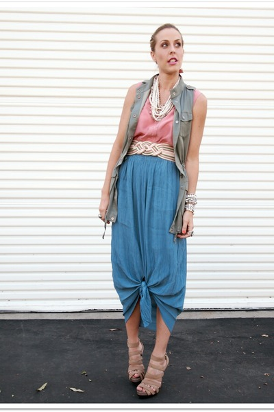 Aldo sandals - thrifted vintage belt - thrifted vintage top