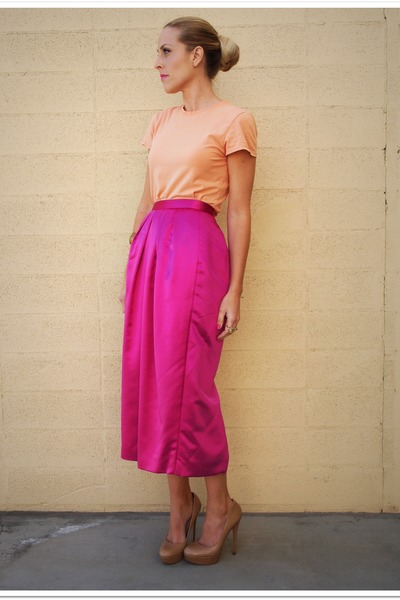 Gap t-shirt - vintage skirt - Aldo heels