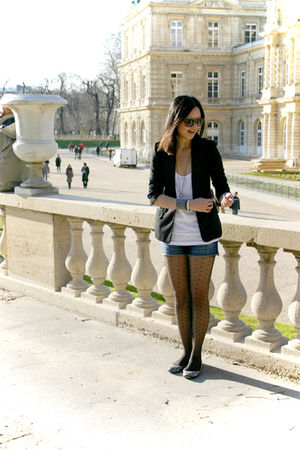 black H&M blazer - white H&M top - blue f21 shorts - black H&M tights