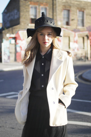 ivory vintage blazer THE WHITEPEPPER blazer