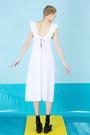 White-the-whitepepper-dress-blue-the-whitepepper-bag
