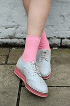 Light-blue-leather-the-whitepepper-shoes