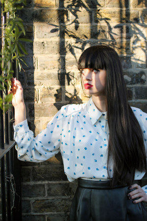 floral blouse THE WHITEPEPPER blouse