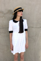 White-round-collar-the-whitepepper-dress