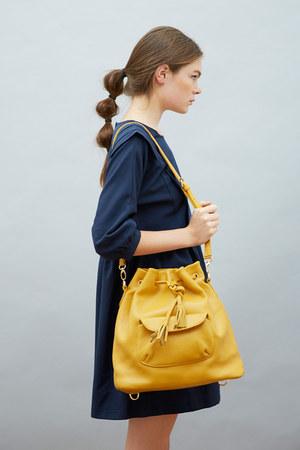 mustard THE WHITEPEPPER shoes - navy THE WHITEPEPPER dress