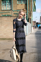 Navy-polka-dots-the-whitepepper-dress