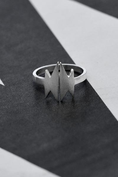 THE WHITEPEPPER ring