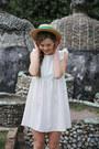 Ivory-the-whitepepper-dress-white-the-whitepepper-sandals