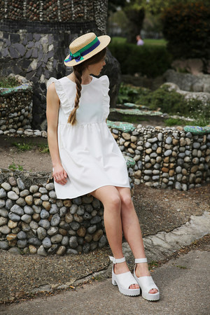 white THE WHITEPEPPER sandals - ivory THE WHITEPEPPER dress