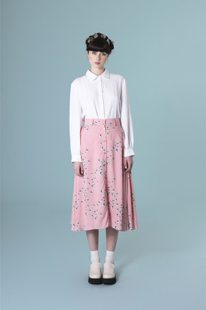 white THE WHITEPEPPER shirt - salmon THE WHITEPEPPER skirt