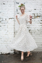 The-whitepepper-dress