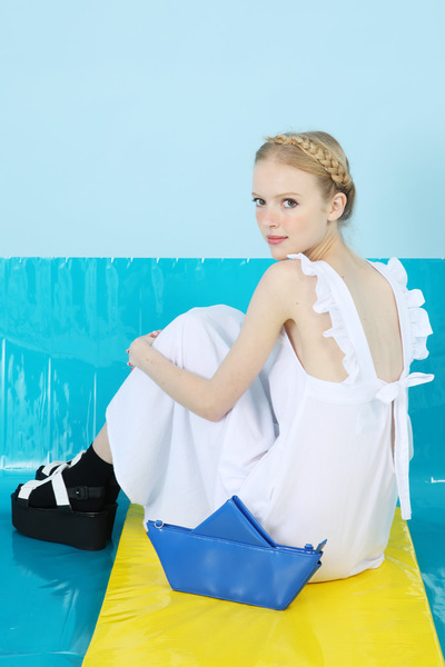blue THE WHITEPEPPER bag - white THE WHITEPEPPER dress