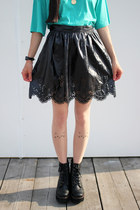 The-whitepepper-skirt