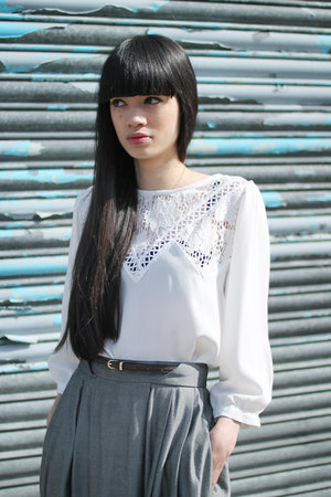 white THE WHITEPEPPER blouse