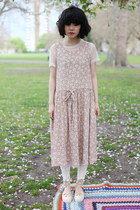 Neutral-the-whitepepper-dress