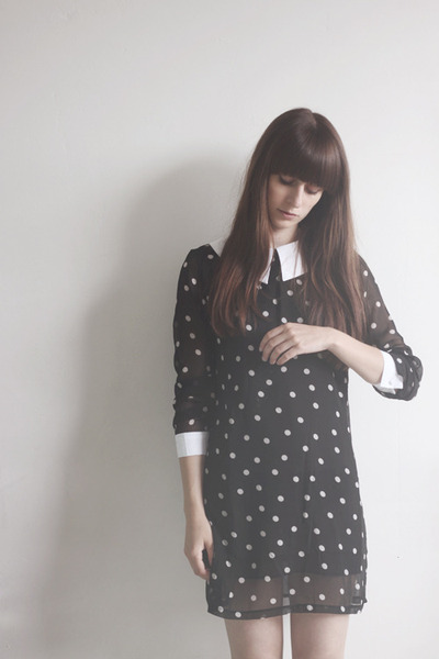 black polkadot romwe dress
