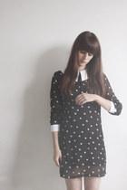 black polkadot romwe dress