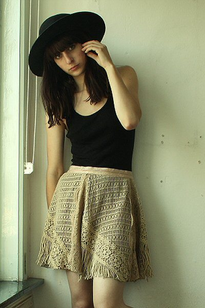 American Apparel top - thrifted skirt - vintage hat