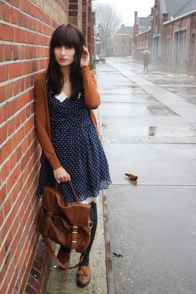 tawny Topshop shoes - navy polkadot miss patina dress - tawny Primark bag